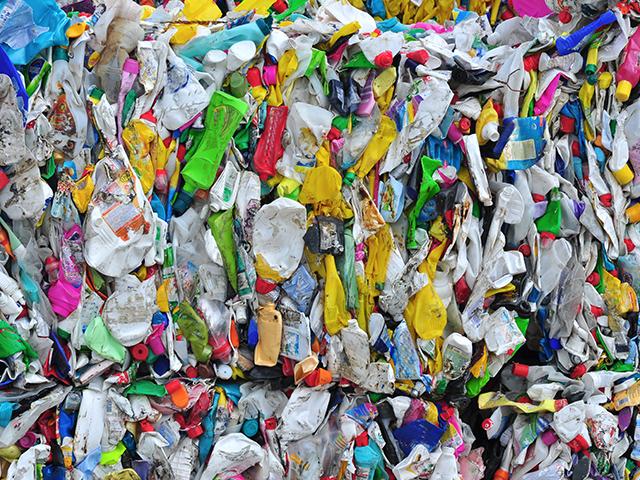 Recyclage déchets plastiques à Villefranche sur Saône dans le Rhône